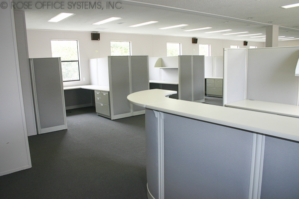 Cubicles in a Commercial Modular Building
