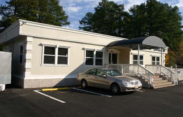 Mack Auto Used Car Modular Sales Center